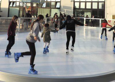 Pista hielo sintetico en Madrid